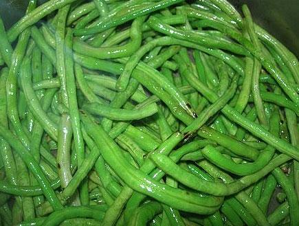 שעועית ירוקה מבושלת בקלוז אפ (צילום: יונית נפתלי)
